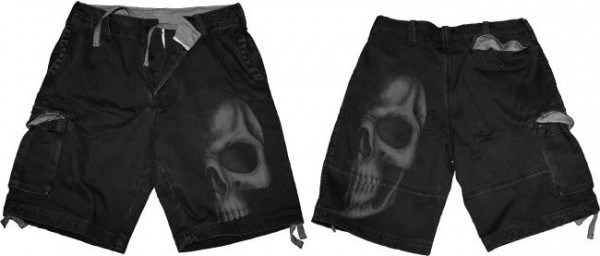Shadow Skull Shorts im Antik-Look