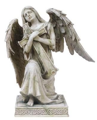 Grabengel knieend und trauernd mit Kreuz