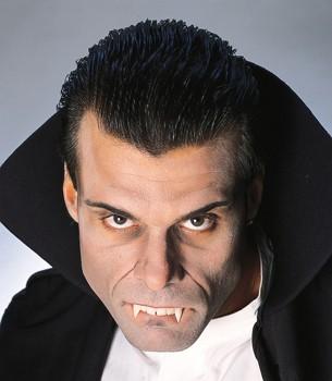 Vampir Zähne mit 2 langen Zähnen