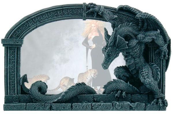 Bilderrahmen mit Drachen