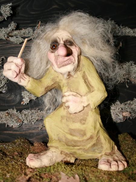 Trollhexe mit Zauberstab
