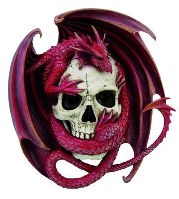 Drachenrelief rot mit Schädel