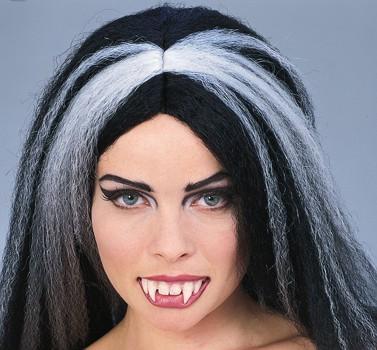 Vampir Zähne mit 4 langen Zähnen